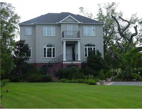 435 Magnolia Lane
